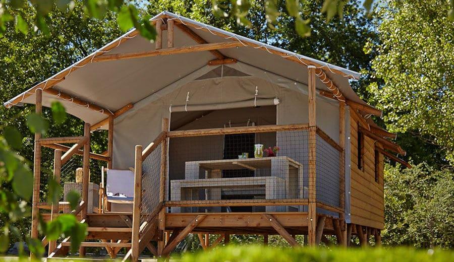 Cabane-Lodge - Location de cvabane eau Camping de La Besse en Artiège