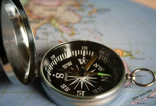 magnetic-compass-390912__340